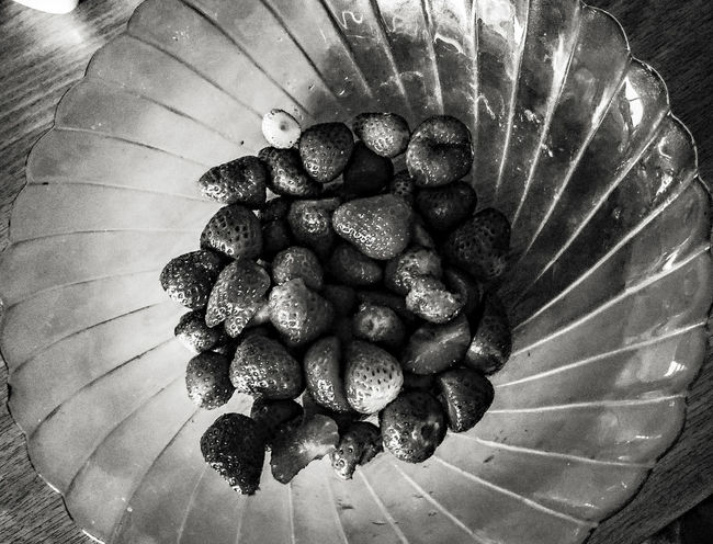 Strawberry Black Blackandwhite Black And White Black & White Blackandwhite Photography Whiteandblack Photo Photography Abstract Abstractart Nocolor Texture Detail Natural Beauty Food Fruit Foodporn Food Porn Foodphotography Monochrome Photography