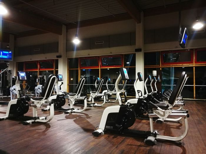 Gym Sport Sports Equipment Health Club Lifestyles No People Exercising Indoors  Cardioandstrength Cardioworkout Cardiotraining Fitness Fitness Training Fitnessmotivation Fit Out Of The Box Place Of Heart