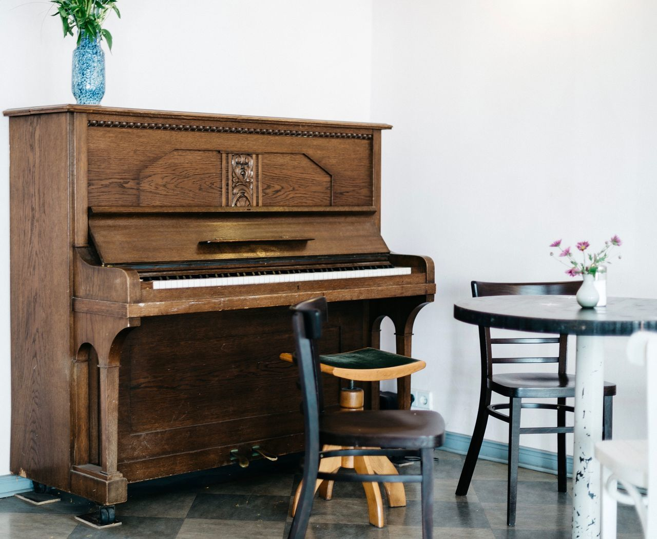 Piano at dining area