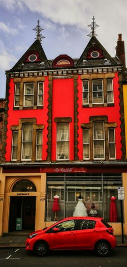 Battle Of The Cities Architecture Building Exterior Façade Window Red Newcastle Upon Tyne Apartment Tourism City History Old Town Commuting Architecture Building Narrow Westgate Road Newcastle Happy Walking Beautiful Outdoors Architectural Feature Tourist Arch