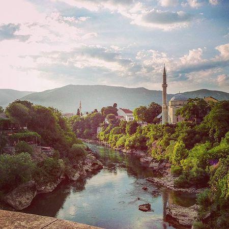 Starimost Mostar Travel Bosniaandherzegovina Mosque Minaret Neretva