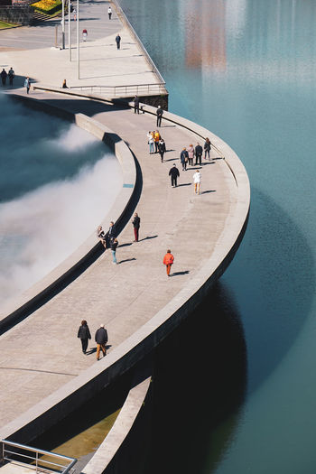 Guggenheim bilbao museum architecture, travel destinations