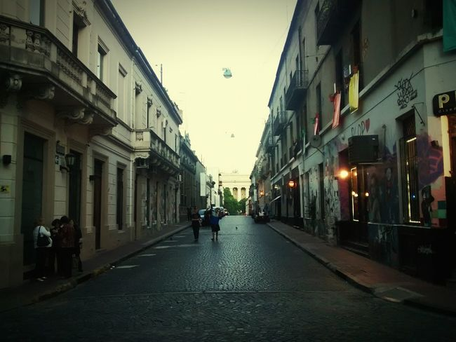 Hanging Out San Telmo Vanishing Point City Old Town Streetphotography Walking Around Old Buildings Neighbourhood Buenos Aires Before Dark