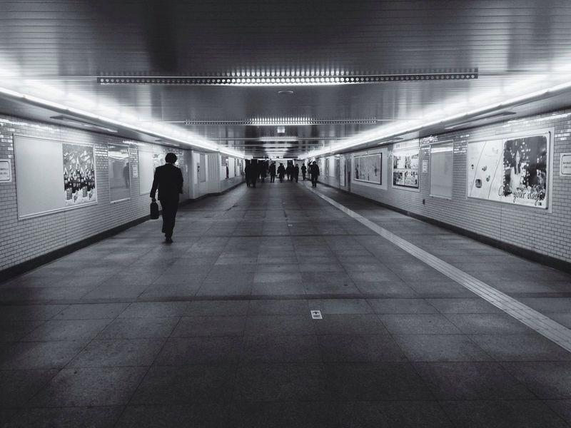 Black & White I Walk Alone  Streetphoto_bw Enter The Void