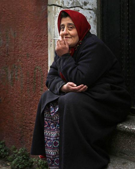 Portrait Smoking Women Istanbul People Street Photography