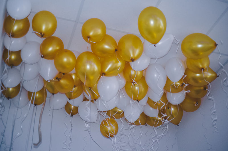 Gold White Balloons Air Ballons Balloon Ballooning Festival Balloons Celebrate Event EventPhotography Events Fly Gold Colored Gold White Golden Graduation Graduationday Helium Helium Balloon High Luftballons No People Party Sky Sky And Clouds Wedding White Gold