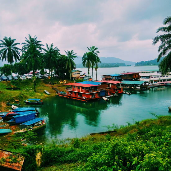 I love how colourful they are! Colourful Floatinghouse Boathouse Lake View Kenyir