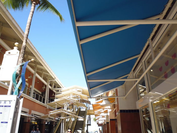 Architectural Design Flow - Bayside Marketplace Architecture Bayside Marketplace Bayside Miami Susan A. Case Sabir Unretouched Photography Architectural Detail Architecture Awning Blending In With Environment Blue Building Exterior Built Structure Clear Sky Close-up Day Low Angle View No People Outdoors Sky Tropical Tropical Climate
