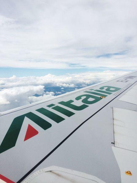 Alitalia Viaggio Volare Milano Napoli Traveling Cielo Nuvole Sky Clouds Fly