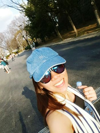 Selfie Blue Cap Reflector Shades Sunnies Blue Shades Walk In The Park Japan Women Who Inspire You Live For The Moment  Smile Showcase April Natural Light Portrait