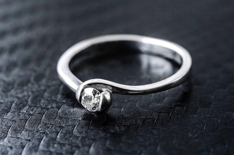 Ring Engagement Ring Jewelry Diamond Ring Close-up Selective Focus Luxury Finger Ring Nikon Bestoftheday Photooftheday Gold Diamond Whitegold Makro Macro Shiny EyeEmNewHere