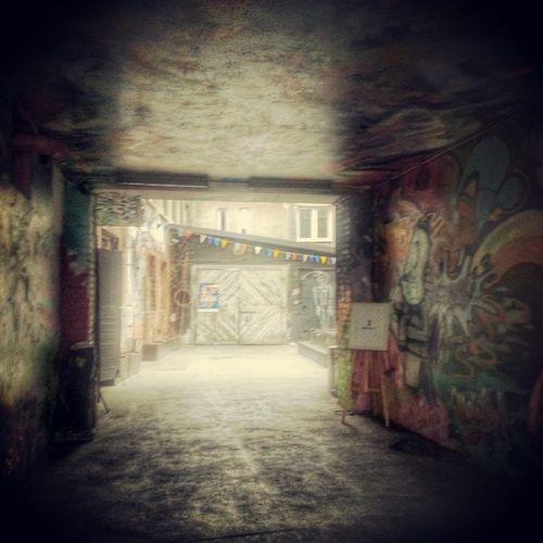 Warsaw Graffiti Powisle Door