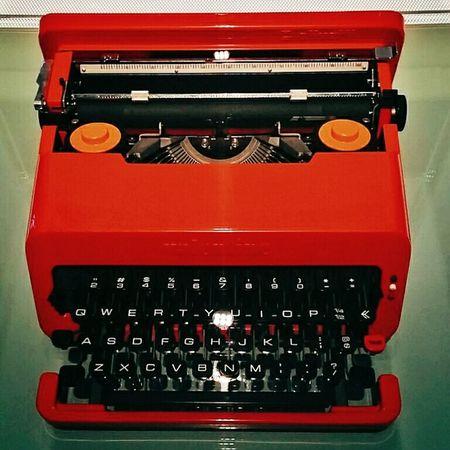 Valentine Typewriter - Olivetti, Italy 1969. Designed by Ettore Sottsass / Perry King Interface User Interface Design Vscocam Tadaa Community EyeEm Best Shots EyeEm Best Edits Mobilephotography