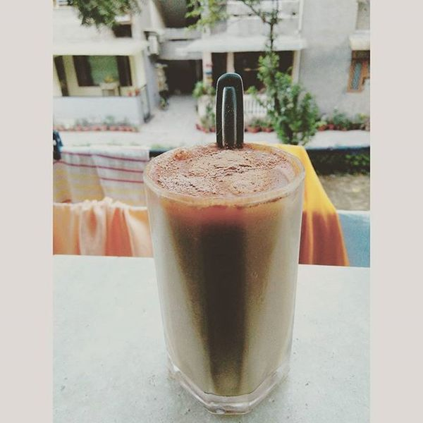Tried my hand at making iced coffee. And I must say it is a Starbucks killer. x Coffee Toffee Icedcoffee Coldcoffee Homemade Drinkup Arizona Slurp DelhiGram Sodelhi Delhidiaries