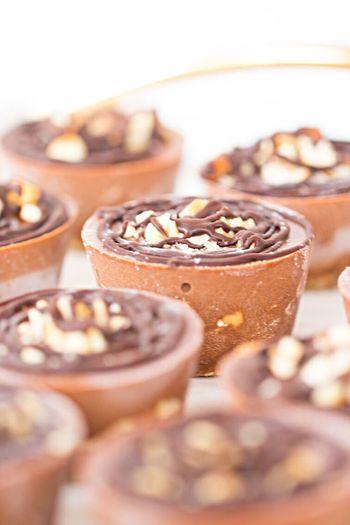More raw cake! Choc PB👌🏻🍫FoodpornoFoodphotographyphy Foodgasm Food Raw Vegan Chocolate And Peanut Butter