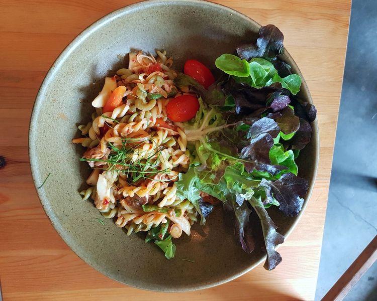 มักกะโรนีซอสต้มยำ Food And Drink Freshness High Angle View Directly Above Healthy Eating Food Table Indoors  Ready-to-eat No People Close-up Day