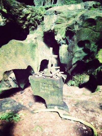 Tomb In Cave Kampung Mongkos Serian Cave Lubang Batu