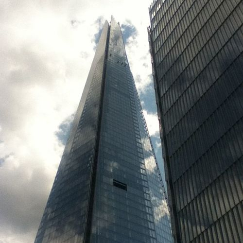 How ya doing up there? ? Windowwashers Shard Londonshard Photooftheday