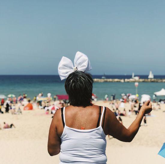 מייתלאביב מיייוםהעצמאות מייסטריט IPhoneX מייאייפון10 ShotOnIphone Rear View Sea Beach Water Real People Land The Art Of Street Photography