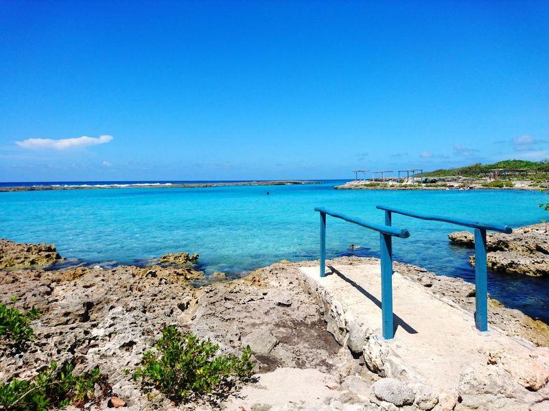 Cuba Blue Sea Caleta Buena