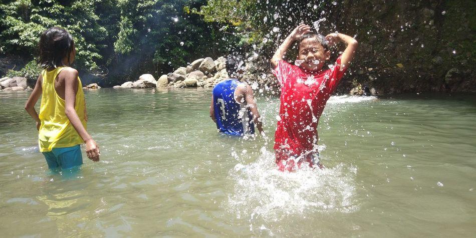 Summer Exploratorium Water Child Togetherness Friendship Childhood Boys Girls Shirtless Fun Happiness