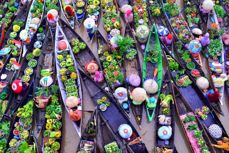 floating market color Multi Colored For Sale Close-up Flower Market Flower Shop Greenhouse Market Florist Street Market Fish Market Horticulture Market Stall Plant Nursery Valentine Day - Holiday Display Marigold Farmer Market Various Retail Display Shop Stall First Eyeem Photo