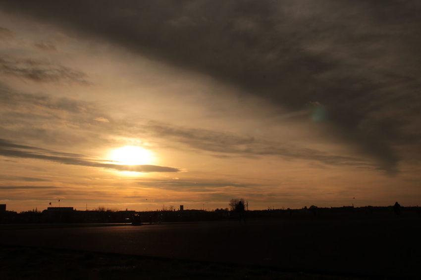 Surf's Up Flughafen Tempelhof