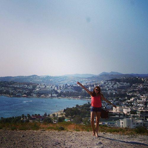 Merhaba Autumn! Gumbet. Gümbet Turkey Girl smile holidays coast sea Aegean mavi deniz azure beautiful city nice wave lietuvaitė güzel bodrumbayresort adventureinturkey turkey_home