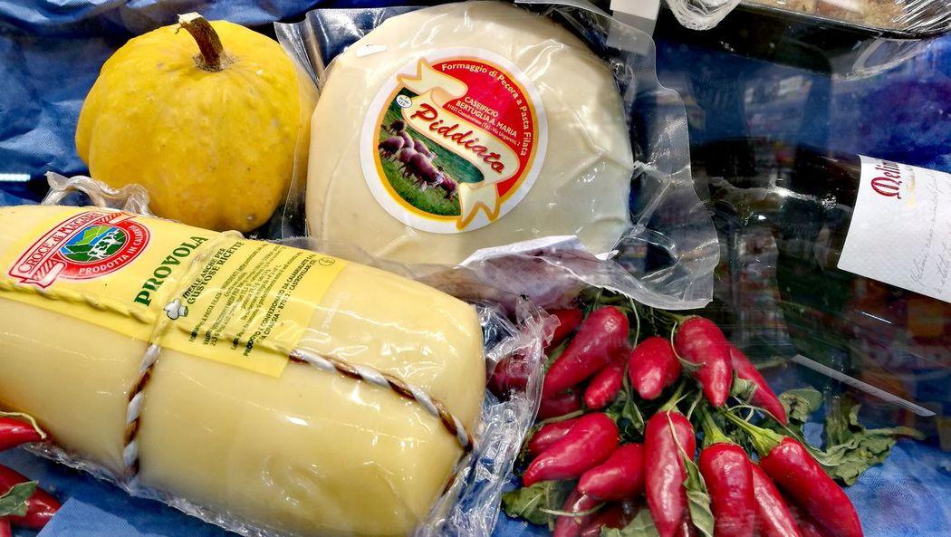 Food And Drink Food Vegetable Market Supermarket Zucca Formaggio Provola Peperoncino Pumpkin Cheese Chili  Piddiato Sicily Sicilia