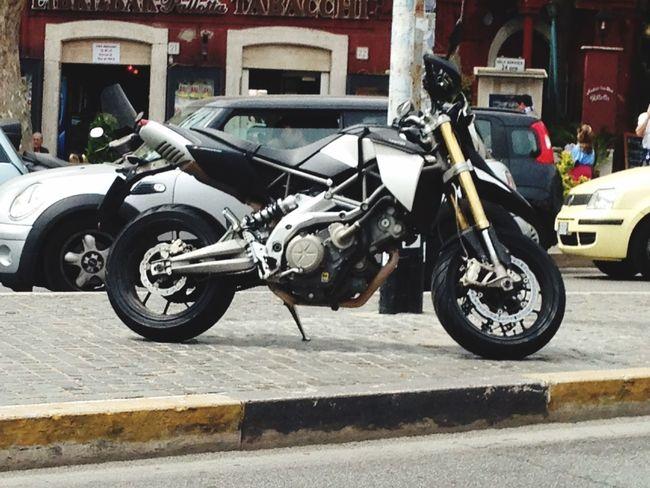 Aprilia Dorsoduro750 Black And White amo questa moto ❤️😍