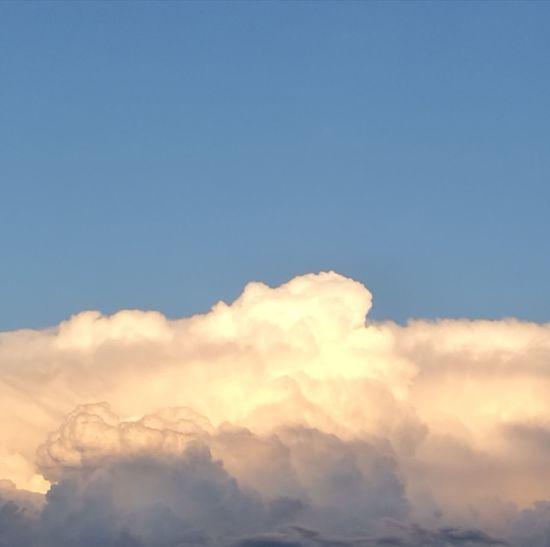 Mountain Blue Sunset Beauty Backgrounds Bright Copy Space Sky Close-up Cloud - Sky