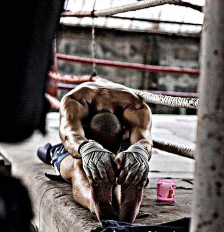 Training legs after pick drill... Photo EyeEm Best Shots - Everything Wet Men