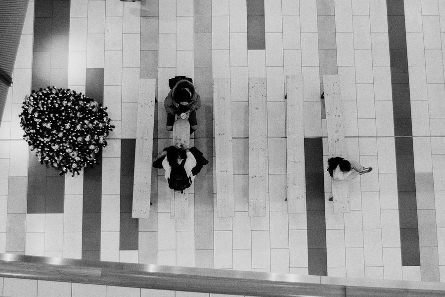 View From Above Leading Lines The Week Of Eyeem Black And White Blackandwhite Portrait EyeEm Gallery Hello World Eye4photography  Vscocam Showcase November The Week On Eyem Check This Out VSCO City People Audience Shopping Mall Week On Eyeem EyeEm Urban Black & White EyeEm Best Shots Eye4photography  EyeEm Best Edits