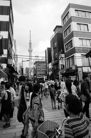 Japan 東京 Tokyo Building Exterior Built Structure City Large Group Of People Street Person Men Walking City Life City Street Lifestyles Crowd Day Street Scene Capital Cities  Busy Blackandwhite Street Streetphotography Asakusa 浅草