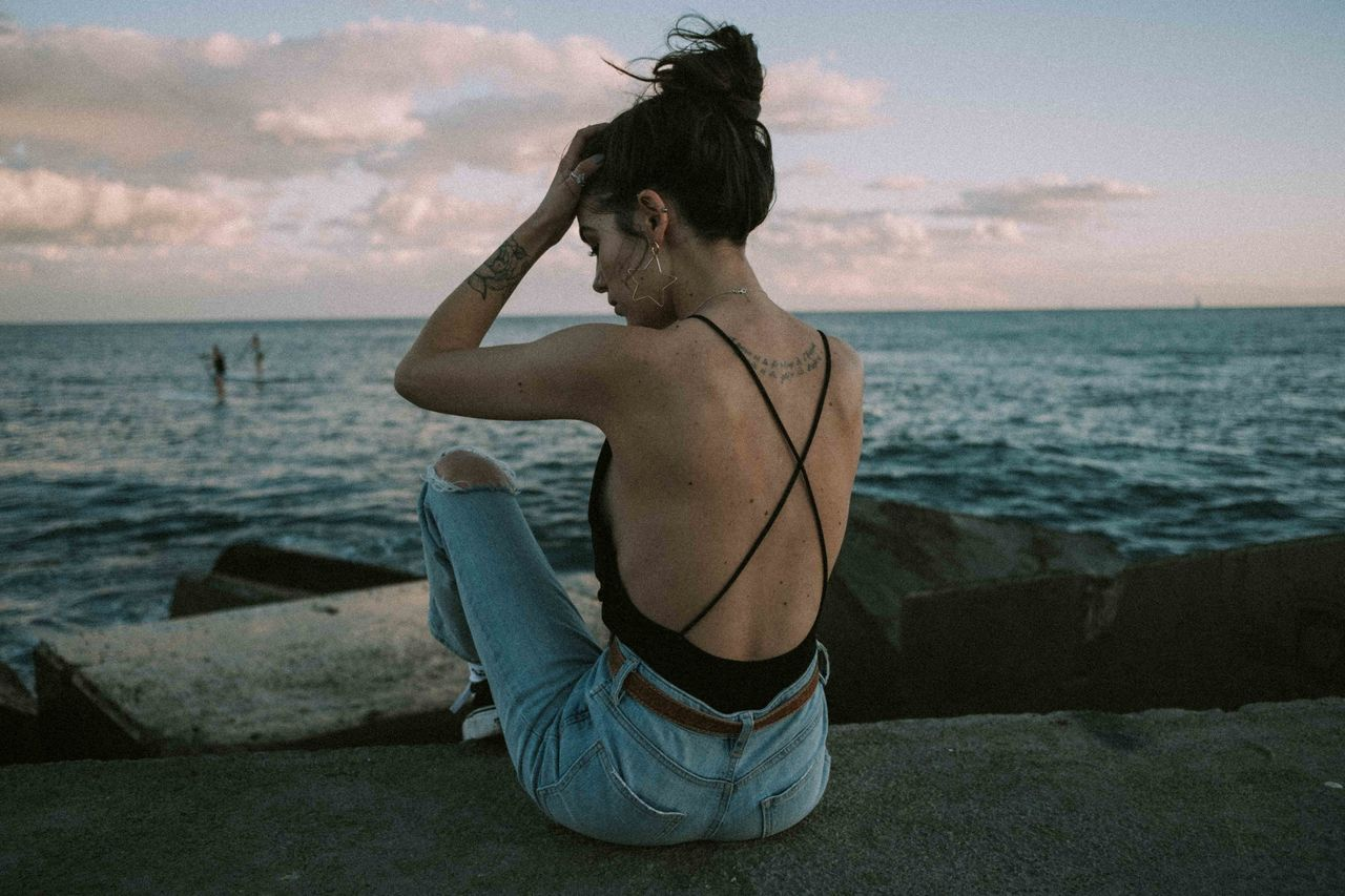 море, вода, небо, один человек, настоящие люди