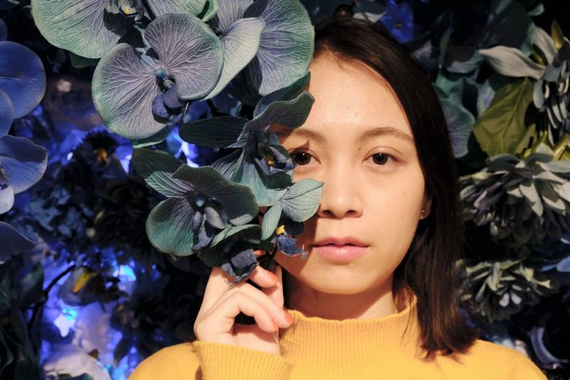 Photography 蜷川実花 Beauty Headshot Young Adult Young Women Portrait Indoors  Flower People Only Women