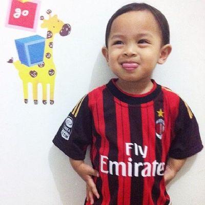 After goal celebration. Milanisti Forzamilan Acmilan Happychildren instamood instagram instadroid instababy