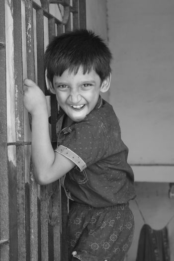 Boys Childhood Close-up Cute Day Happiness Human Hand Leisure Activity Lifestyles Looking At Camera One Person Outdoors People Portrait Real People Smiling Standing