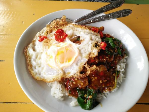 Egg Fried Egg Food Breakfast Egg Yolk Food And Drink Plate Indoors  No People Sunny Side Up Freshness Ready-to-eat Healthy Eating Day Close-up Street Food Worldwide Fastfoodlife Thai Foods Thai Style Must Have
