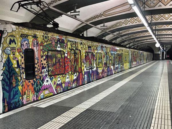Metro Subway Train Station Colorful Wagon  SPAIN Spanish Barcelona Catalunya Catalonia My Commute-2016 EyeEm Photography Awards My Commute