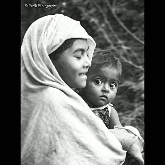 Parththakkarphotography Blackandwhitephotography Suratcity Potraitoftheday Blanckandwhitepotrait Faceexpressions