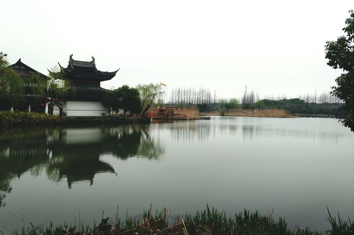春游 Architecture Reflection Built Structure Water Religion Travel Destinations Building Exterior