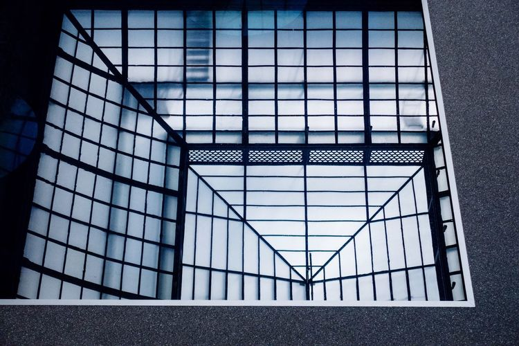 Reflection... Arc+ Architectural Detail Architecture_collection Built Structure Architecture No People Building Metal Day Pattern Grid Architectural Detail Architecture_collection Built Structure Architecture No People Building Metal Day Pattern Grid
