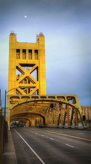Sacramento California Bridge Gold Oldtown Moon Sacramento River Sacramento Bridge Road On The Road