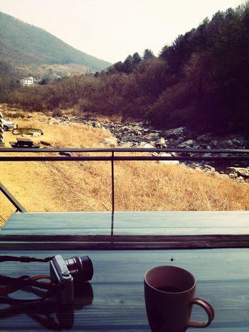 Coffee Enjoying Life Traveling 좋은 경치와 맛있는 커피 :D