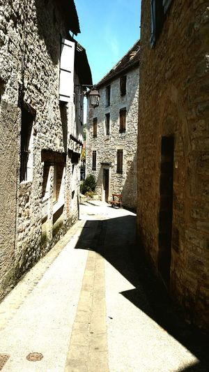 Cajarc Shadow Architecture Built Structure Sunlight Building Exterior Day No People Outdoors Sky Old Buildings Ruelles