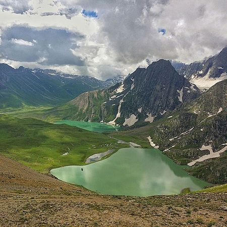These are the twin Lakes of Kashmir Great Lake Trek. Kishansar and Vishansar. Clicked from Gadsar Pass. Twinlakes HighAltitudeLakes Nature HimalayanDrifters