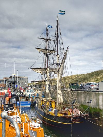 This is the World's only engineless sailing cargo ship, the brigantine 'Tres Hombres' moored in Eyemouth harbour on route from Copenhagen to Great Yarmouth. Water_collection Sailing TheVille Hdr_Collection