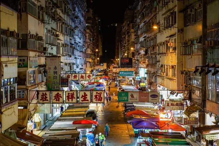 night market MKK Discoverhongkong Lifestyles Nightmarket Night Architecture Built Structure Building Exterior Illuminated City Outdoors No People Mystyle Oldlens Summilux35mm1st From My Point Of View Art Is Everywhere City Life Cityscape Shadows & Lights