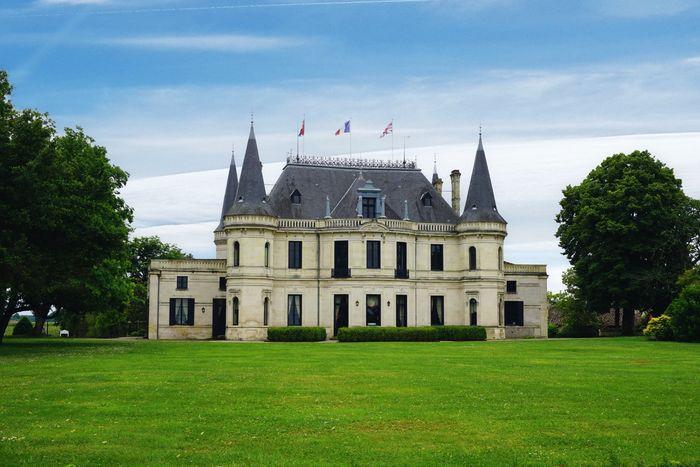 Medoc, France Winery Castle Built Structure Building Exterior